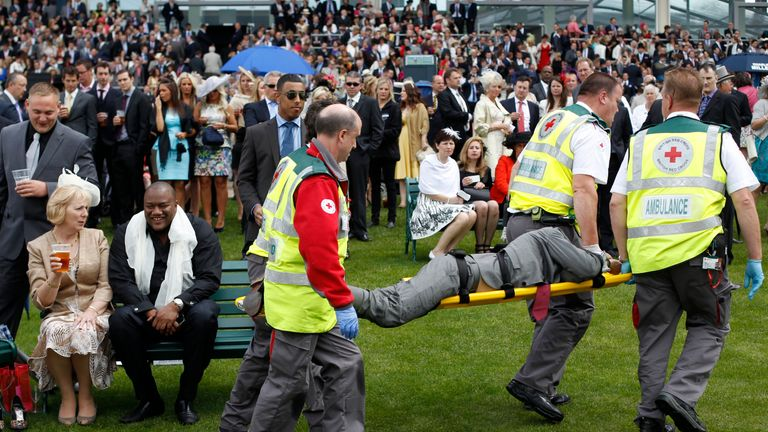 Drink-drugs clampdown to stop rising violence at Ascot | UK