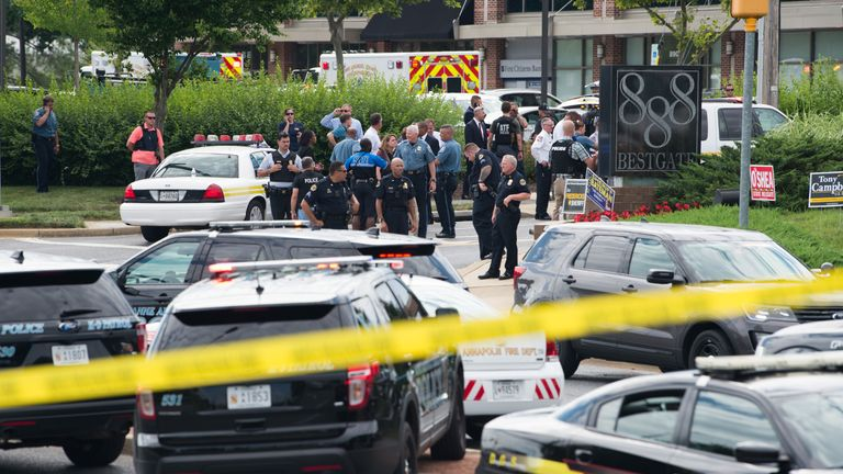 Police respond to a shooting in Annapolis, Maryland, June 28, 2018. - Several people were feared killed Thursday in a shooting at the building that houses the Capital Gazette