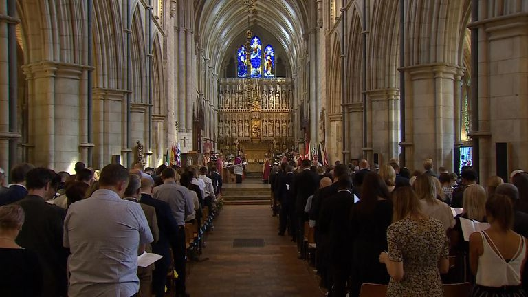 The service is taking place inside Southwark Cathedral