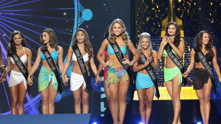 Miss Texas 2017 Margana Wood participates in Swimsuit challenge during the 2018 Miss America Competition Show at Boardwalk Hall Arena on September 10, 2017 in Atlantic City, New Jersey