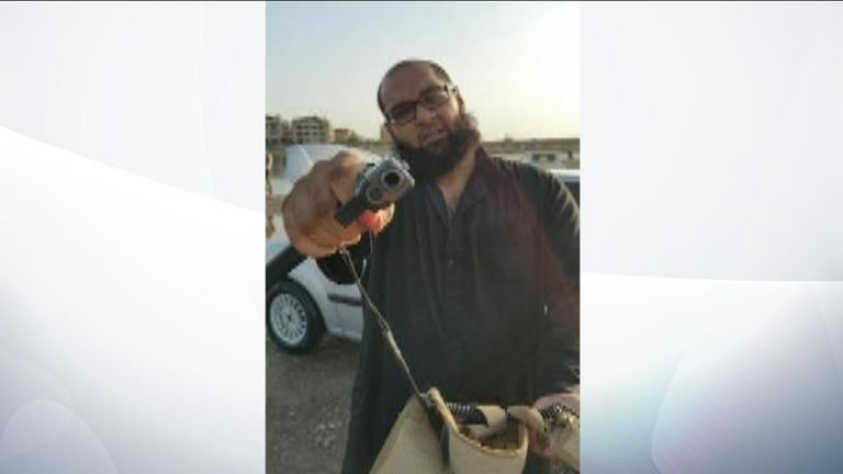 The court saw various pictures of Naweed Hussain posing with weapons and explosives