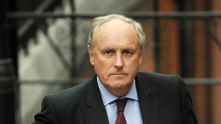 Daily Mail editor Paul Dacre is resigning