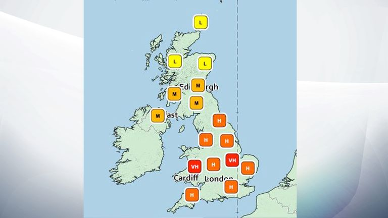 A map shows where in the UK the pollen count is low, medium, high, very high.