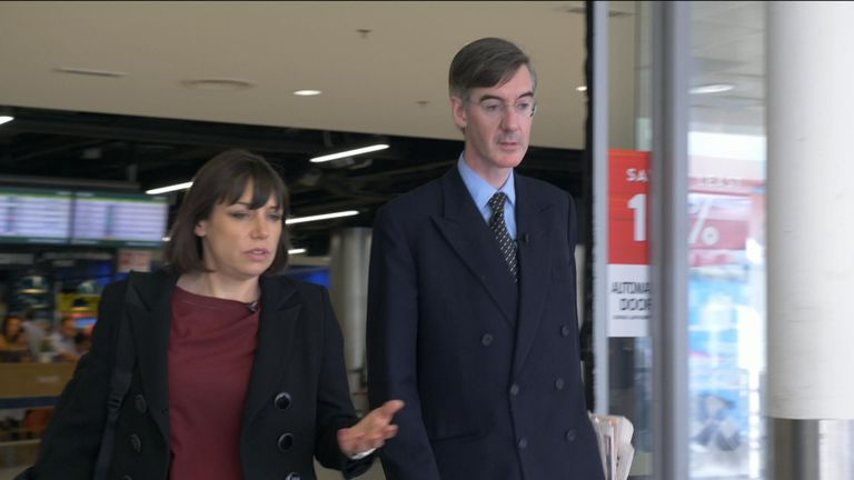 Mr Rees-Mogg thinks Theresa May should tell Dublin to implement a hard border