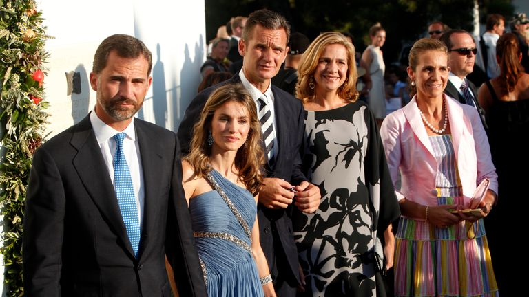2010: Prince Felipe, his wife Princess Letizia, Inaki Urdangarin, his Princess Cristina and Princess Elena on the Greek island of Spetses
