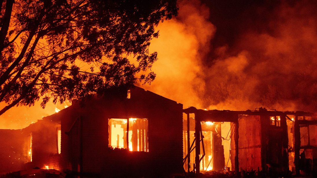 Five Dead as California Wildfire Consumes More Homes