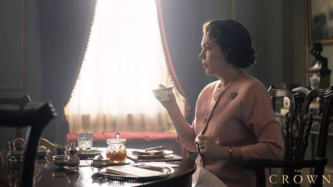 Look image released of Olivia Colman as the Queen in The Crown