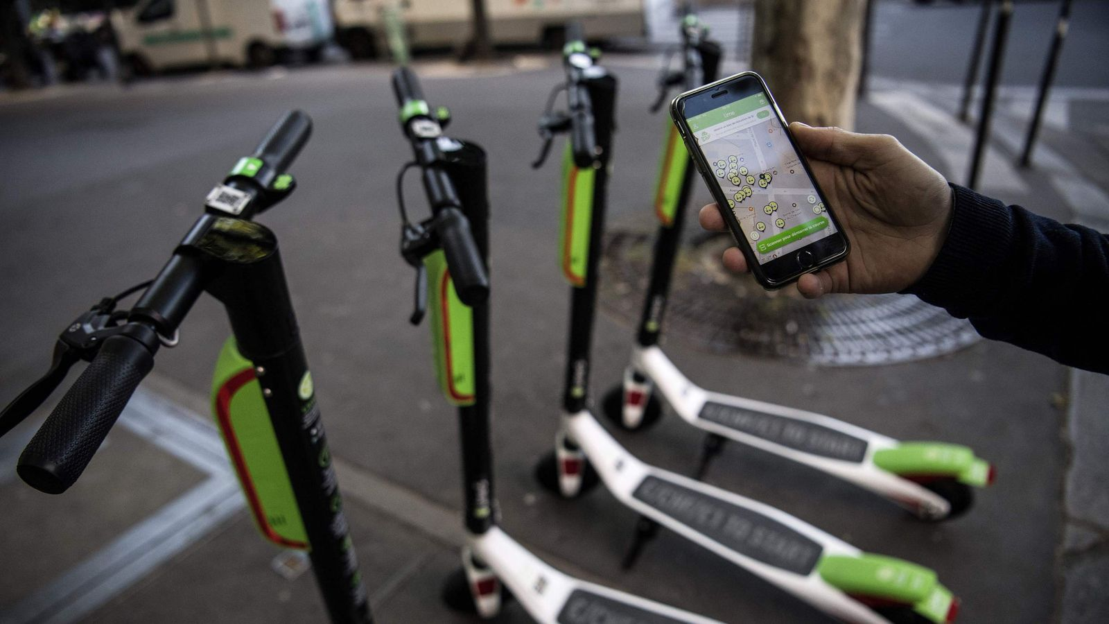 e scooter start up lime raises 232m from uber and. Black Bedroom Furniture Sets. Home Design Ideas