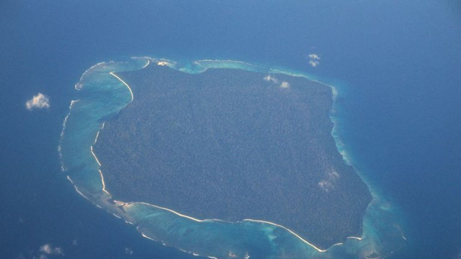US man killed by tribe after ignoring ban on visiting remote North Sentinel island