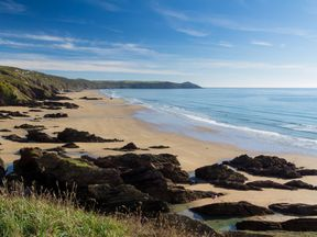 Dramtic coastline at Sharrow Point in Whitsand Bay Cornwall England UK Europe