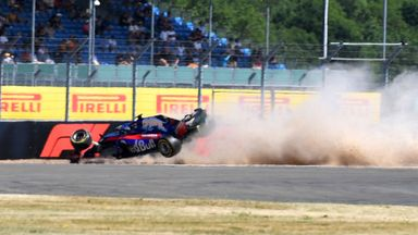 Huge crash for Hartley