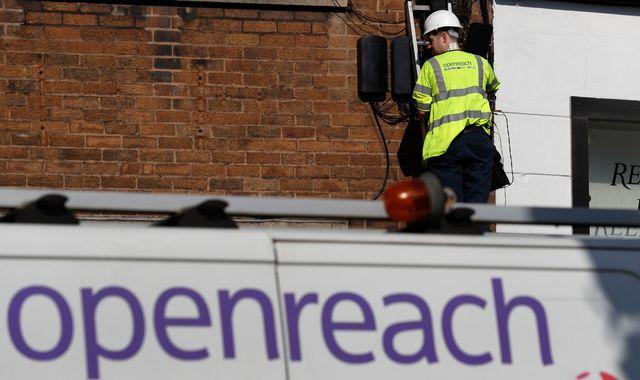 BT leads £30bn push for copper broadband switchover deadline