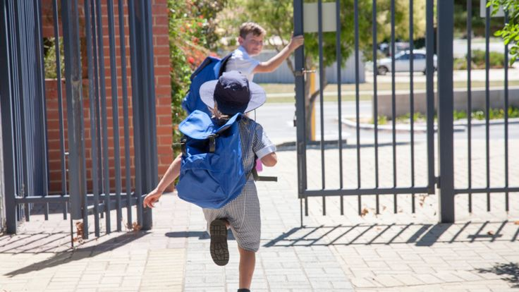 School holidays should be shorter say Ian King