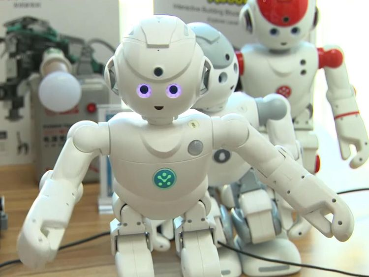 Robot learning could manipulate children - researchers