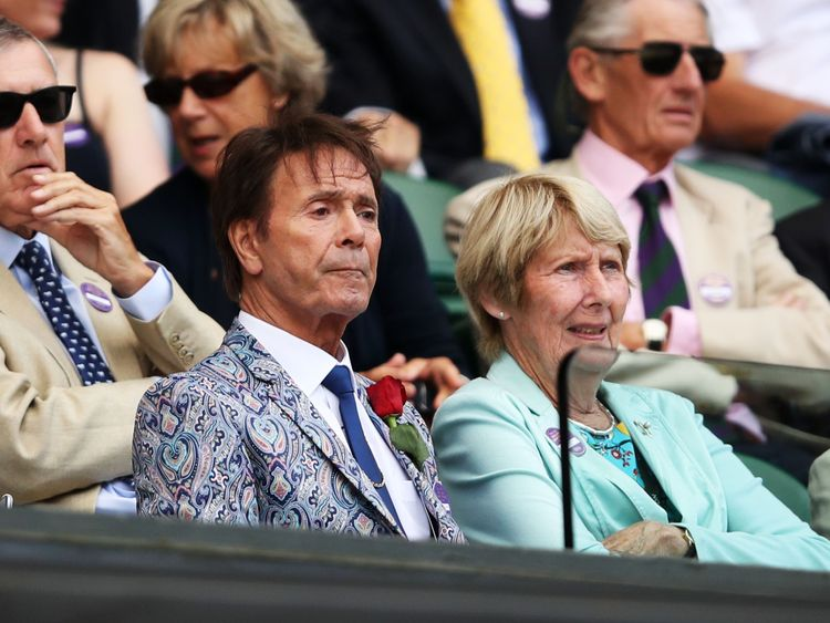 Cliff Richard wins privacy case against BBC