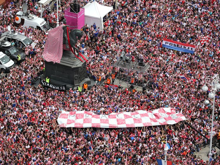 Tens of thousands of people fill the streets of Zagreb