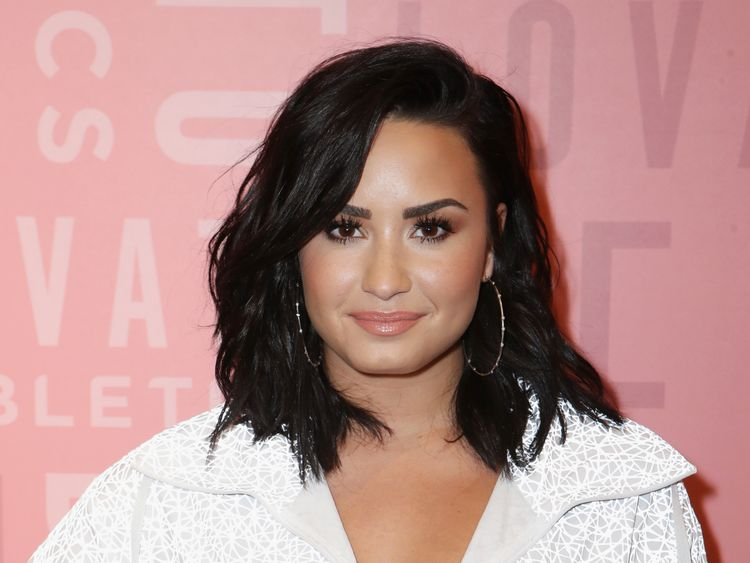 Demi Lovato awake after 'heroin overdose'
