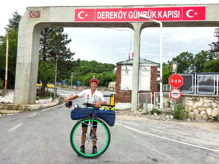 Ed reaches Turkey