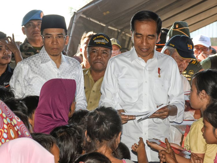 President Joko Widodo visited people affected by the earthquake
