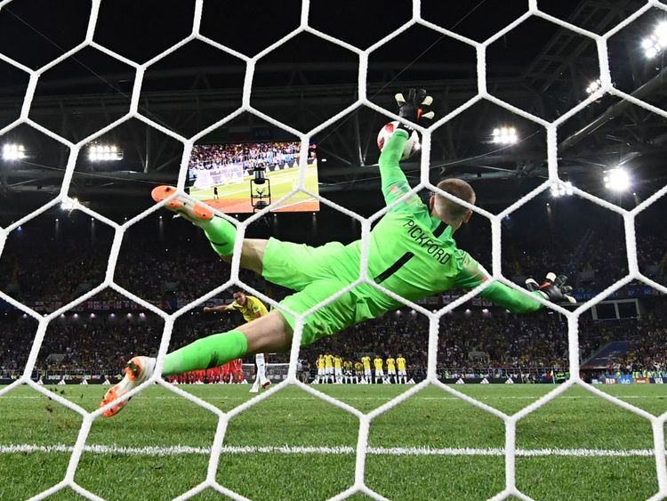 Jordan Pickford wants to create history after ex-Sunderland star's England heroics