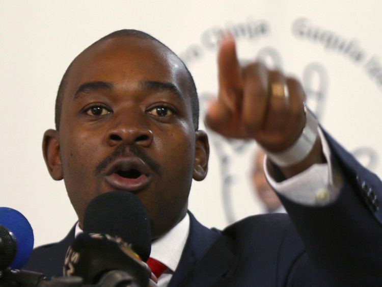 Opposition Movement for Democratic Change (MDC) leader Nelson Chamisa gestures during the launch of his party's election manifesto in Harare, Zimbabwe, June 7, 2018. REUTERS/Philimon Bulawayo