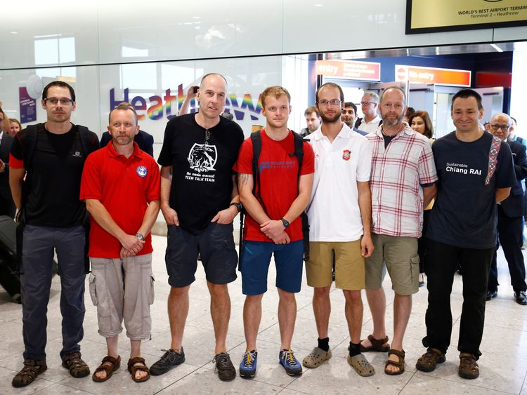 British diver: 'Unbelievable' finding Thai boys alive