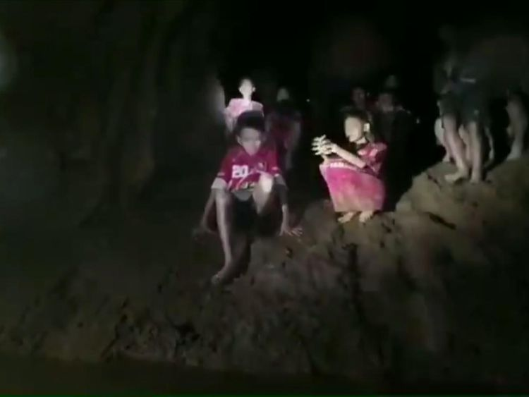 First images of rescued Thai teens