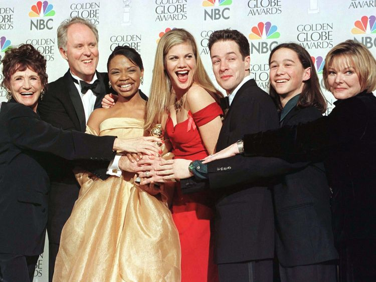 3rd Rock cast (L to R) Elmarie Wendel, Lithgow, Simbi Khali, Kristen Johnston, French Stewart, Joseph Gordon-Levitt and Jane Curtin