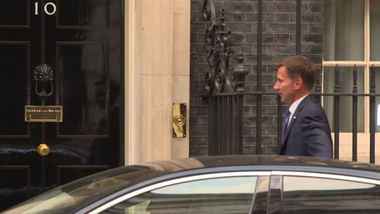 Jeremy Hunt arrives in Downing Street