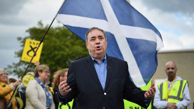 Alex Salmond MP joins Joanna Cherry, the SNP candidate for Edinburgh South West, on the campaign trail in Broomhouse on May 18, 2017 in Edinburgh
