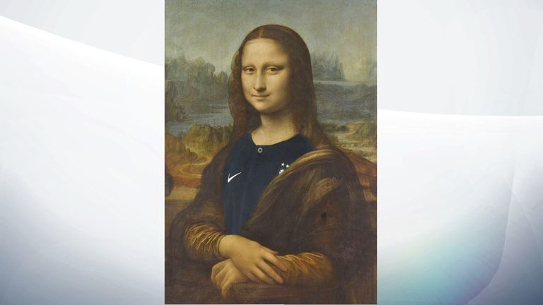 The Louvre shared an image of the Mona Lisa wearing a France jersey. Pic: Twitter/MuseeLouvre
