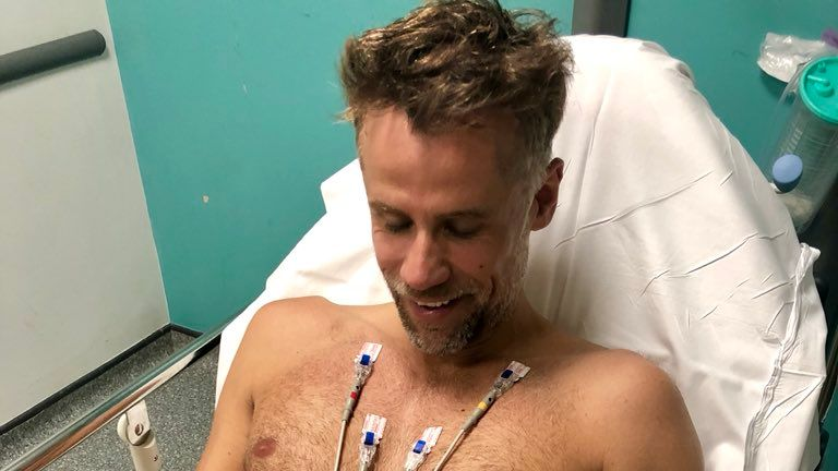 Bacon tweeted this photo of himself last week. Pic: Twitter/Richard Bacon