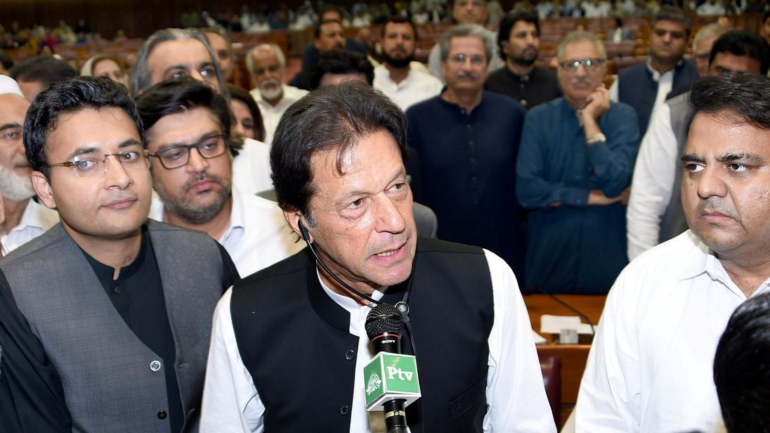 Imran Khan elected new Pakistani PM by National Assembly