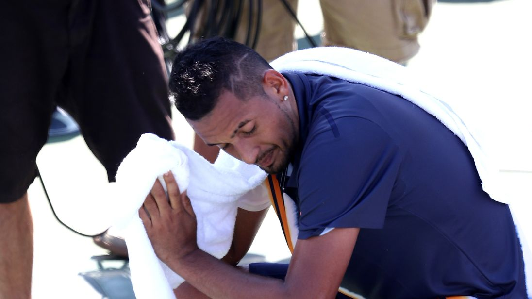 Umpire appears to give Kyrgios pep talk at the U.S. Open