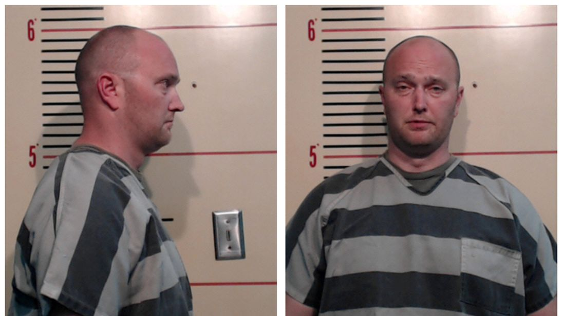 FILE PHOTO: A combination photo shows Roy Oliver in Parker County Sheriff's Office booking photos in Weatherford, Texas, U.S., May 5, 2017. Courtesy Parker County Sheriff's Office/Handout via REUTERS ATTENTION EDITORS - THIS IMAGE WAS PROVIDED BY A THIRD PARTY
