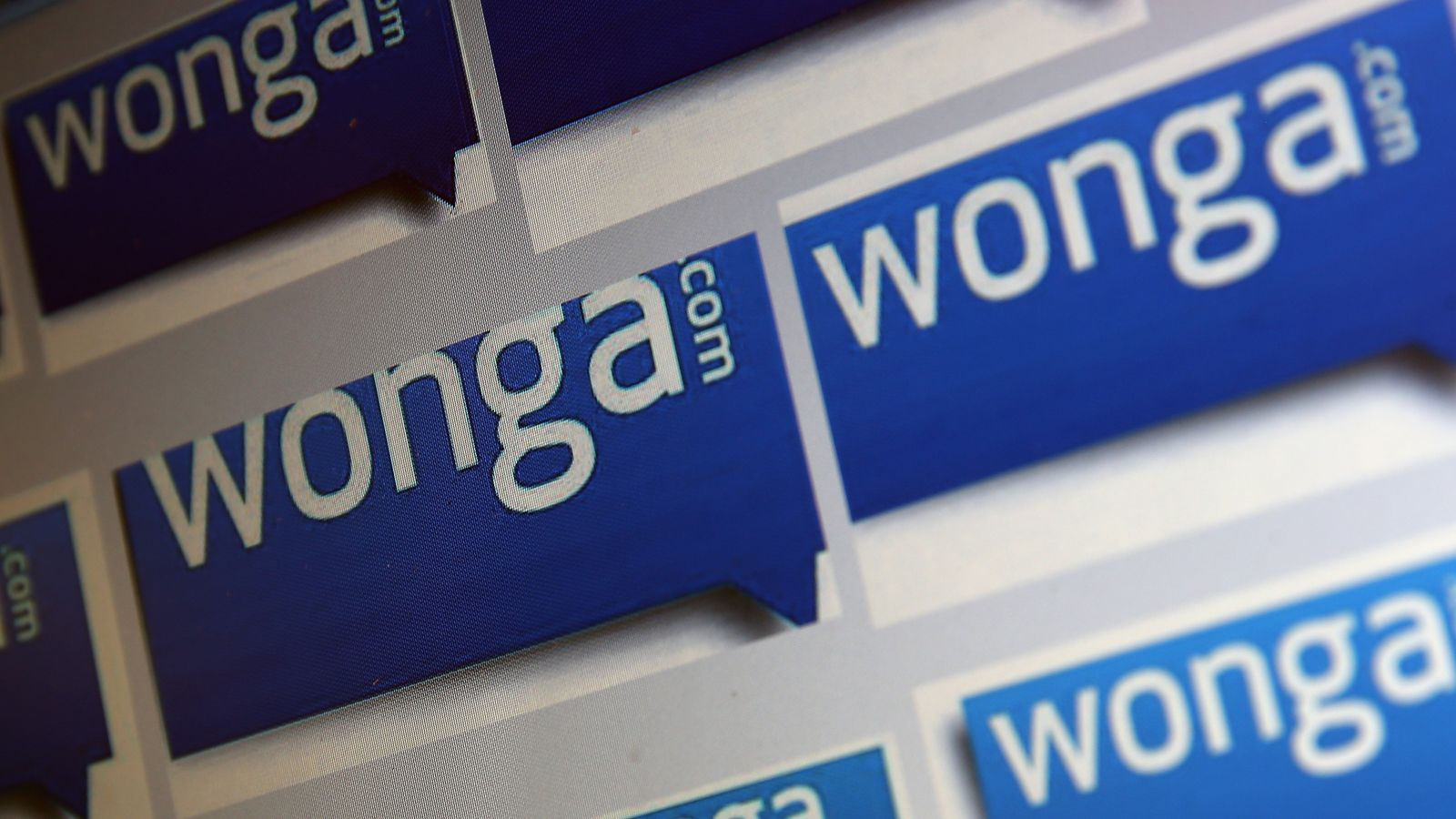 Payday lender Wonga collapses into administration amid deluge of customer compensation claims