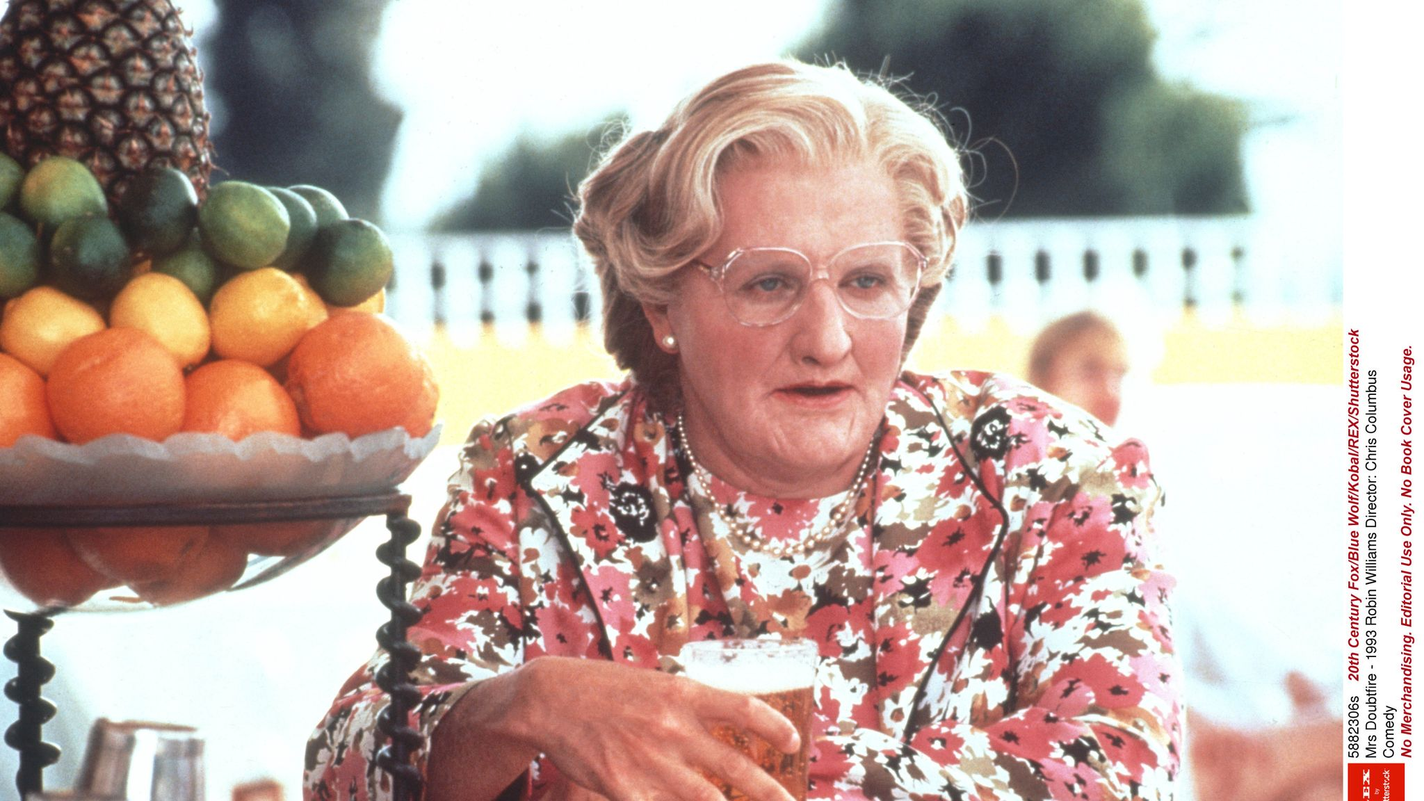 Mrs Doubtfire To Be Turned Into A Broadway Musical Ents Arts News Sky News