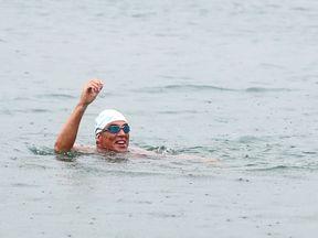 Lewis Pugh swims into Shakespeare Beach