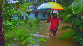 Worst flood in a century kills 43 in India's Kerala, more rain due