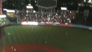 Power outage plunges LA Dodgers stadium into darkness during game