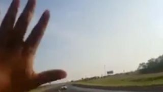 Man stops driver going the wrong way on highway