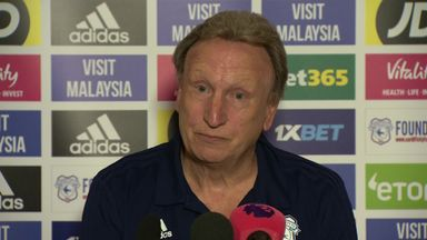 Warnock plays down Rafa feud