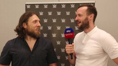 Daniel Bryan 'will re-sign with WWE'