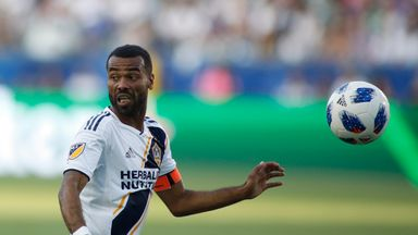 Cole scores in LA Galaxy draw