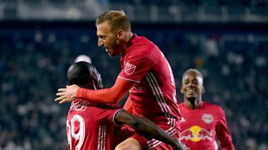 Red Bulls retire Wright-Phillips' shirt