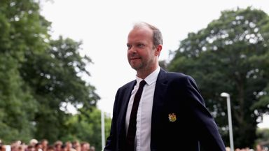 'United relaxed about finances'
