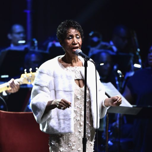 Aretha Franklin will pull through, says nephew