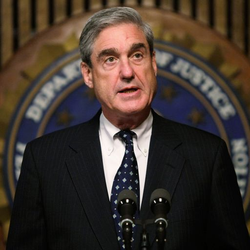 Ex Clinton Prosecutor Robert Mueller Can T Trump: Donald Trump Says 'weak' Ex-lawyer Michael Cohen Is 'lying