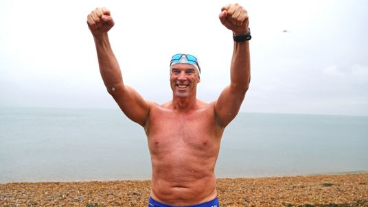 """Lewis Pugh arrives at Shakespeare Beach to complete his """"Long Swim"""" from Land's End to Dover"""