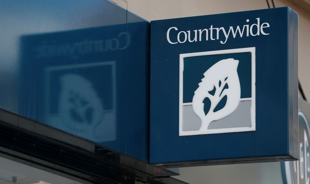 Estate agents Countrywide and LSL plot £500m merger